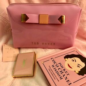 NWT Ted Baker London Cosmetic bag Dusky pink